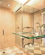 Ефирна стъклена баня.