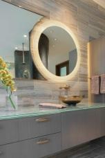 Огледало с LED осветление